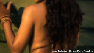 Nice Indian Tits From Bollywood Nudes